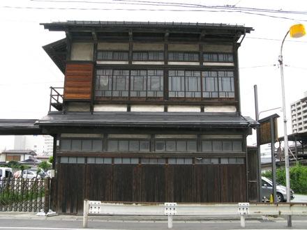p_sakaemachi02_04.JPG